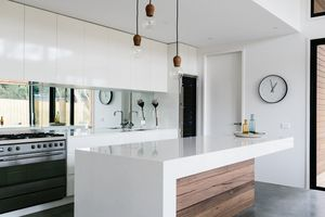 Kitchen bench Altereco_Cottesloe Drive