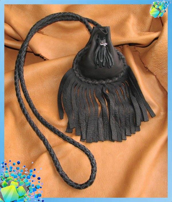 7252a5e7ad72 Создаем поделки из кожи своими руками: сумочки, брелки, рукавички, тапочки,  ремни