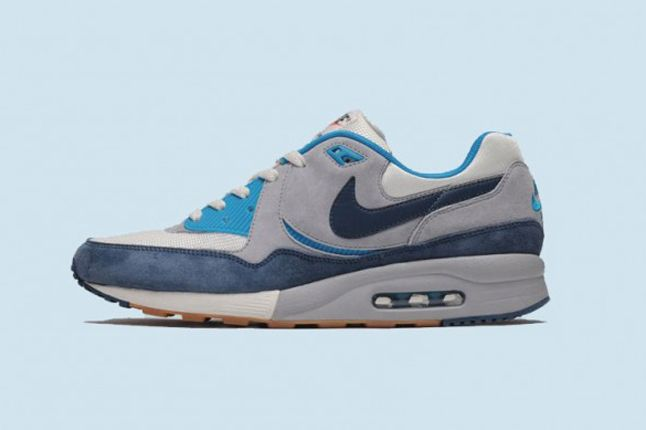 SIZE? x NIKE AIR MAX LIGHT (EASTER PACK)