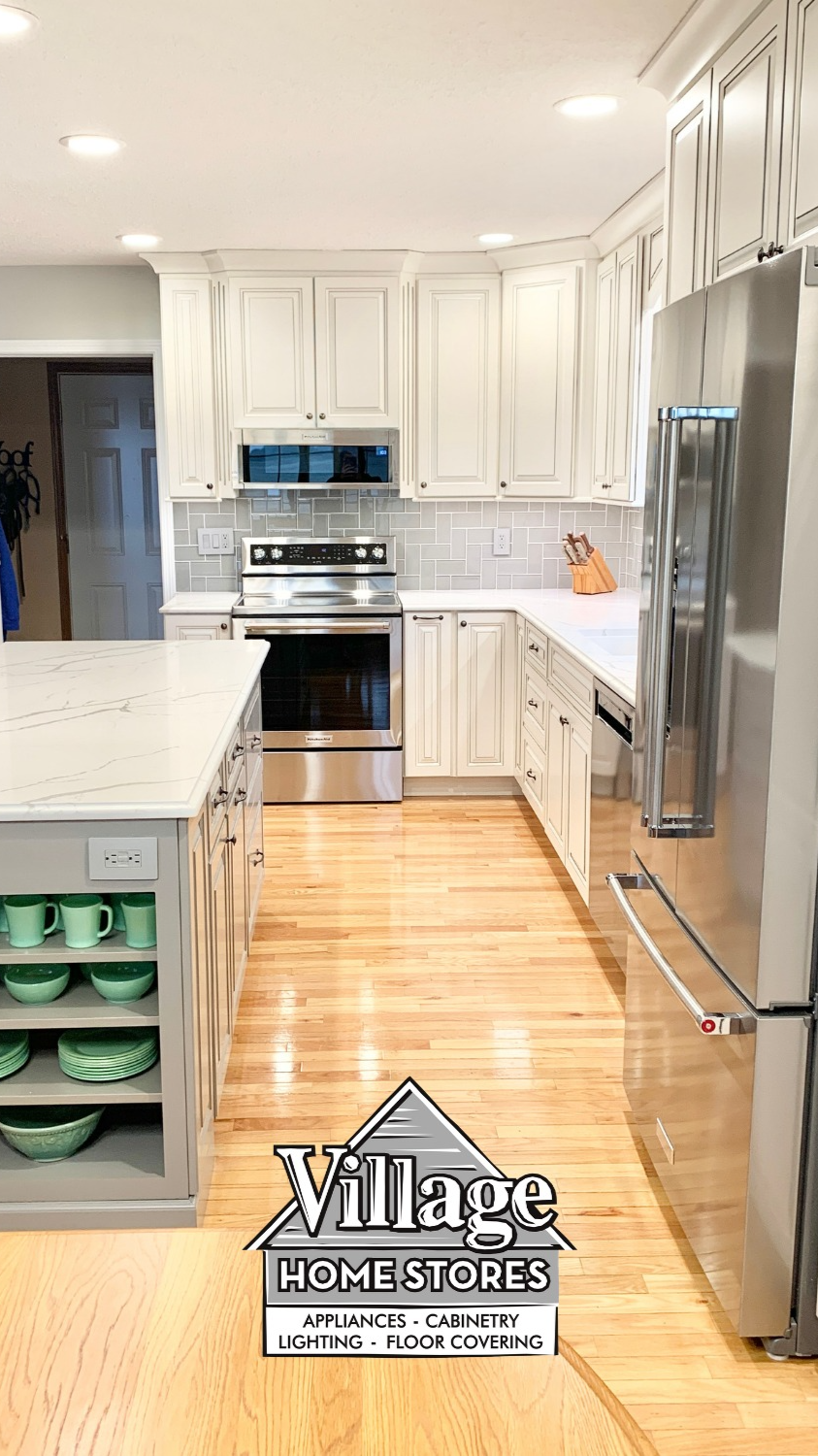 Kitchen Remodel With Ivory White and Gray Painted