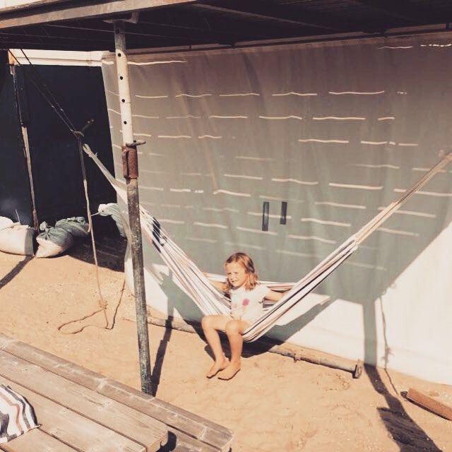 Deze leuke foto van de winnares van onze hangmat kregen wij opgestuurd. Perfect voor een mooie dag als deze! #haarlem #hangmat #summer