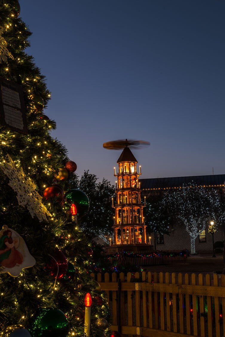 explore fredericksburg texas christmas lights and more