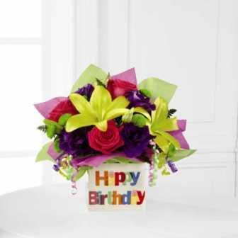 The FTD® Happy Birthday Bouquet employs roses, lisianthus and Asiatic lilies to pop with brilliant color and beauty to get their birthday celebration started!