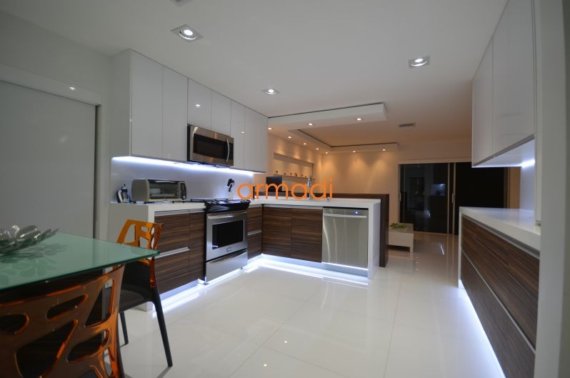 Kitchen Cabinets Miami And Modern Kitchen Wood New Designs That Stunning Kitchen Cabinets Miami Inspiration