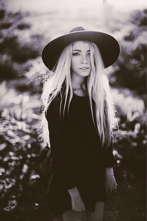 She S A Witchy Woman Love Her All Black Style And Long