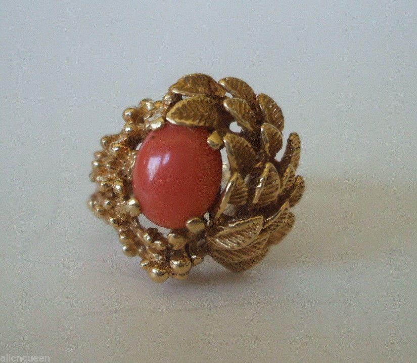 Lovely Vintage  ESTATE RING 14k GOLD & Salmon CORAL, size 7, 10 grams