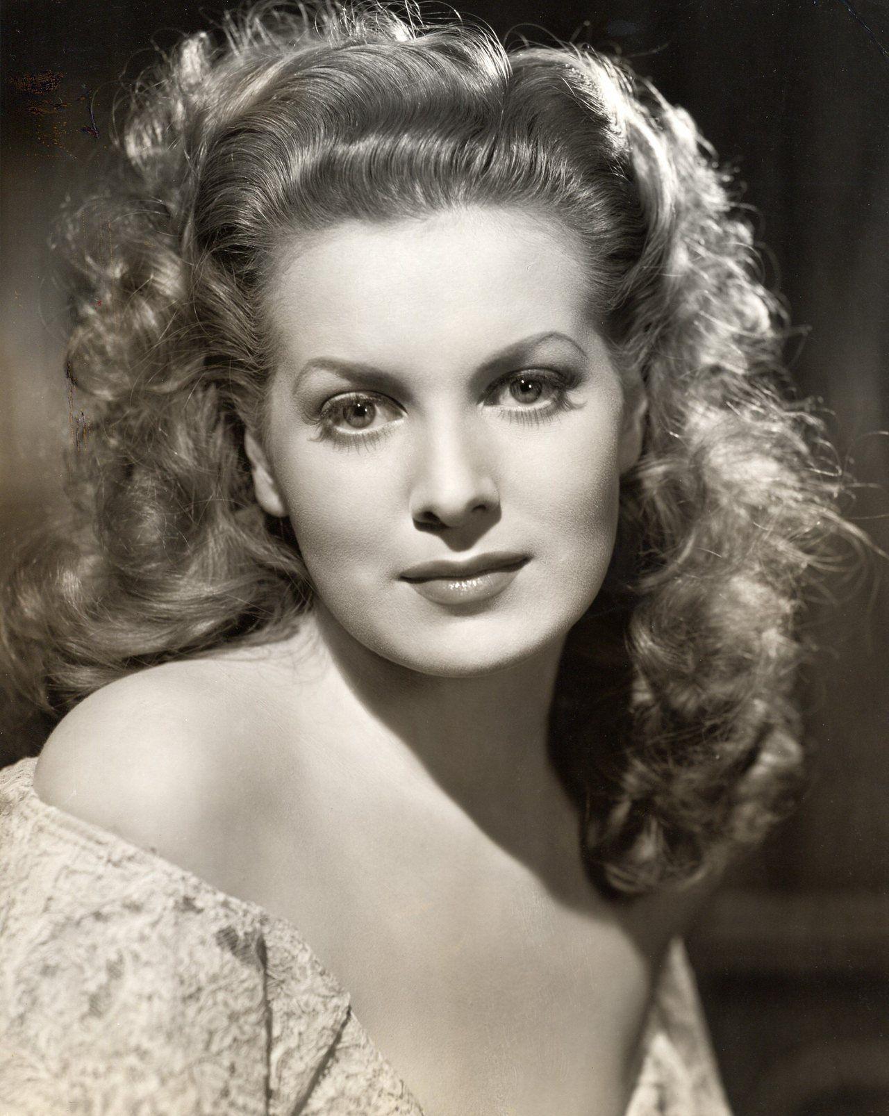 Vintage actress galleries 67