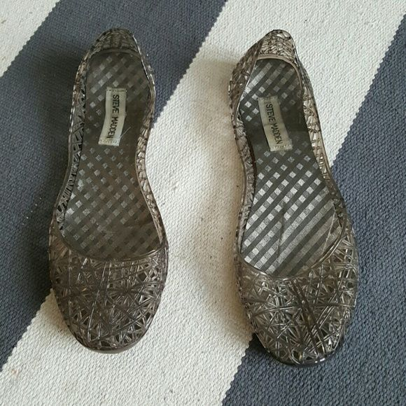 Steve madden 8 plastic flats Size 8 Worn many times Moderater wear Steve Madden Shoes Flats & Loafers