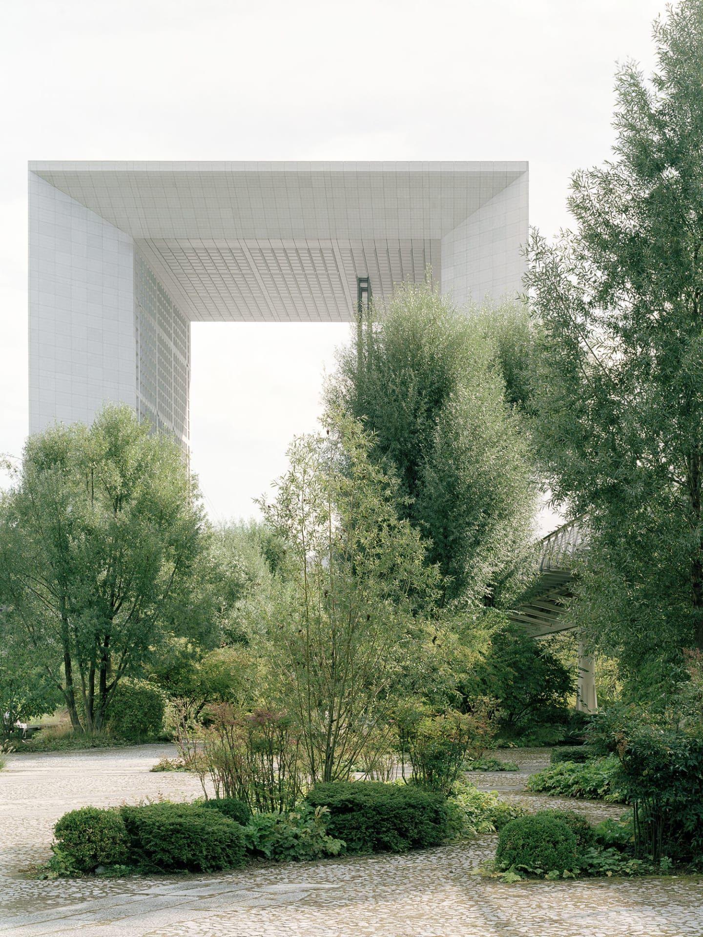 Grande arche la d fense landschaftsarchitektur for Pflanzengestaltung garten
