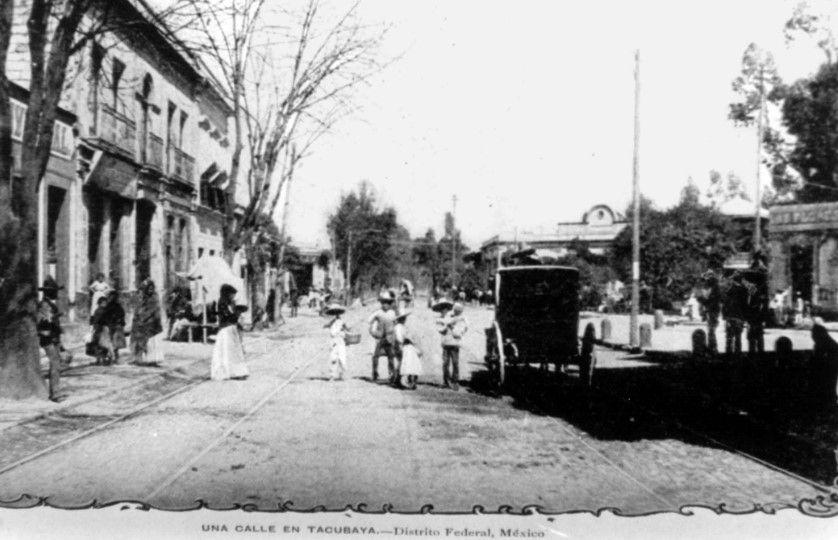 En la década de los años 30, llegan los ferrocarriles y los tranvías a las zonas de Tacuba, Tacubaya y Chapultepec.