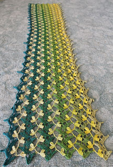 Photo of Flowering Vines Scarf pattern by Kaye Adolphson