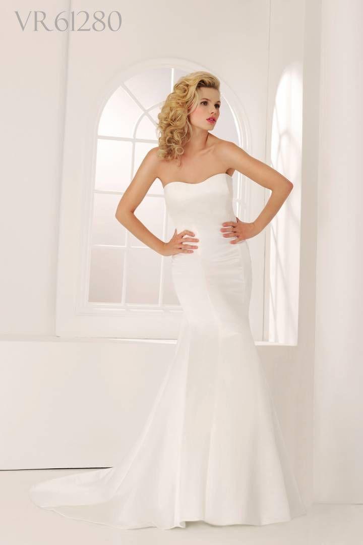 6bed57098c82 Brudklänning Clarissa Veromia 61280. Klassisk sjöjungfrumodell som kan lätt  piffas upp med brudbälte och spetsbolero