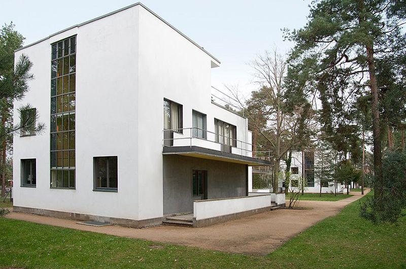 Walter Gropius in Dessau. Part II, The Masters' Houses in