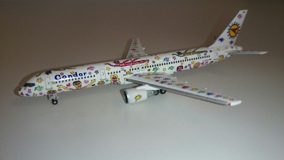 The Famous Rizzi Bird Is A Fully Painted Boeing 757 200 For Condor In The Late 90 S From The Artist Jam Airplane Collection Diecast Airplanes Model Airplanes