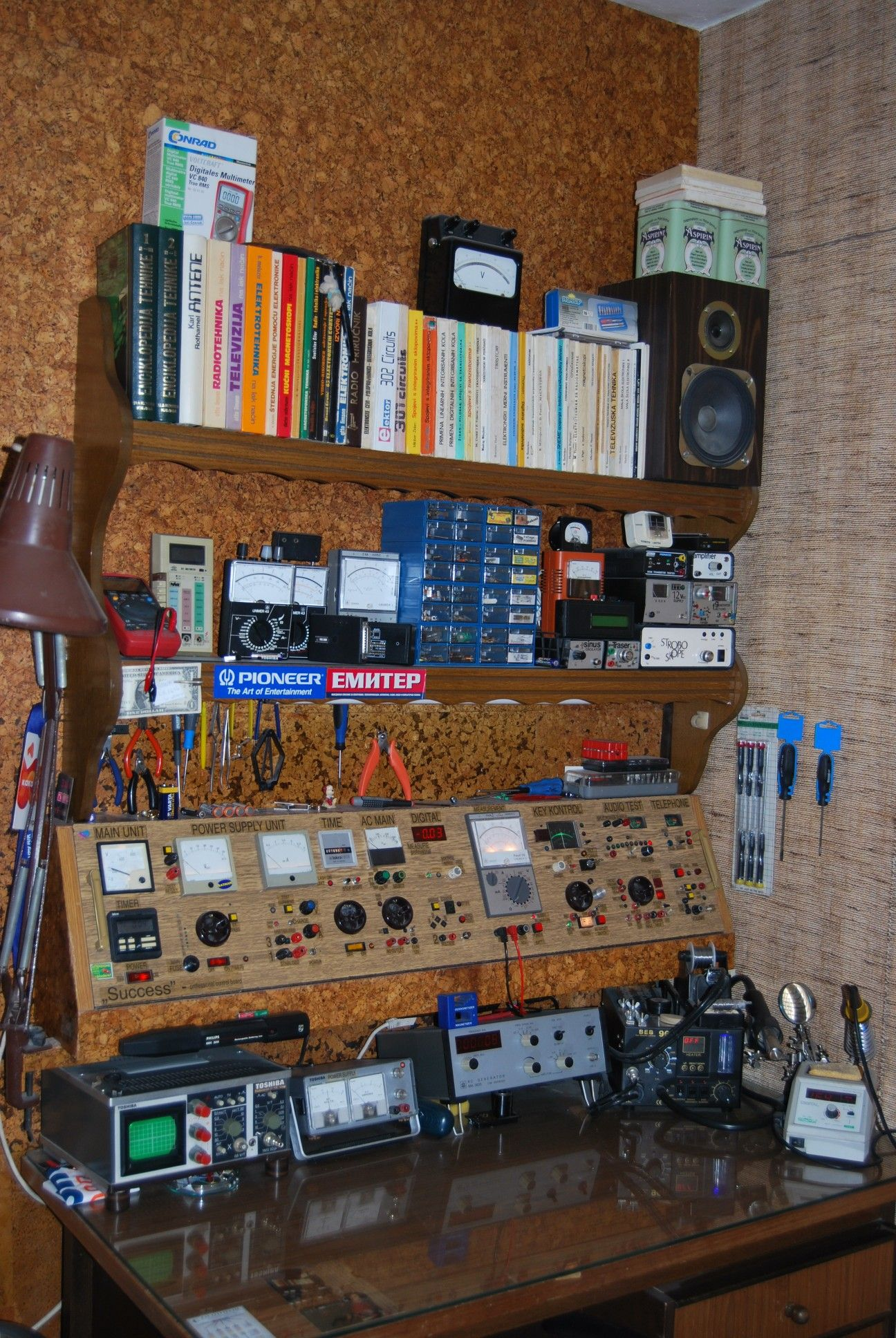 Dsc_4741 1296 x 1936 electronic workbench electronics