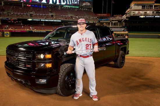 Motor'n   Chevrolet Presents Silverado Midnight Edition to All-Star Game MVP Mike Trout