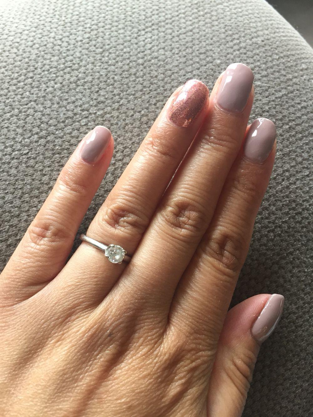 shellac field fox and rose gold glitter nail art