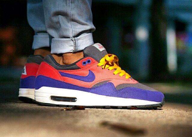 Nike Air Max 1 'Rasta' 2006 (by maxbeardless) – Sweetsoles