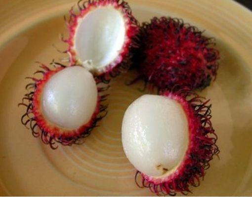 Fruta Exotica Rambutan o Fruta Peluda.