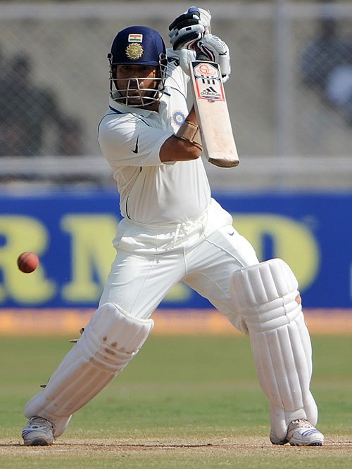 Sachin Tendulkar is all poise and perfection, India v Sri Lanka, 1st Test, Ahmedabad, 5th day, November 20, 2009 200th.in