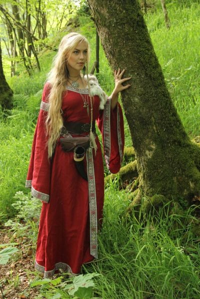 Women Metal Gaia Viking Queen Viking Women Medieval Dress