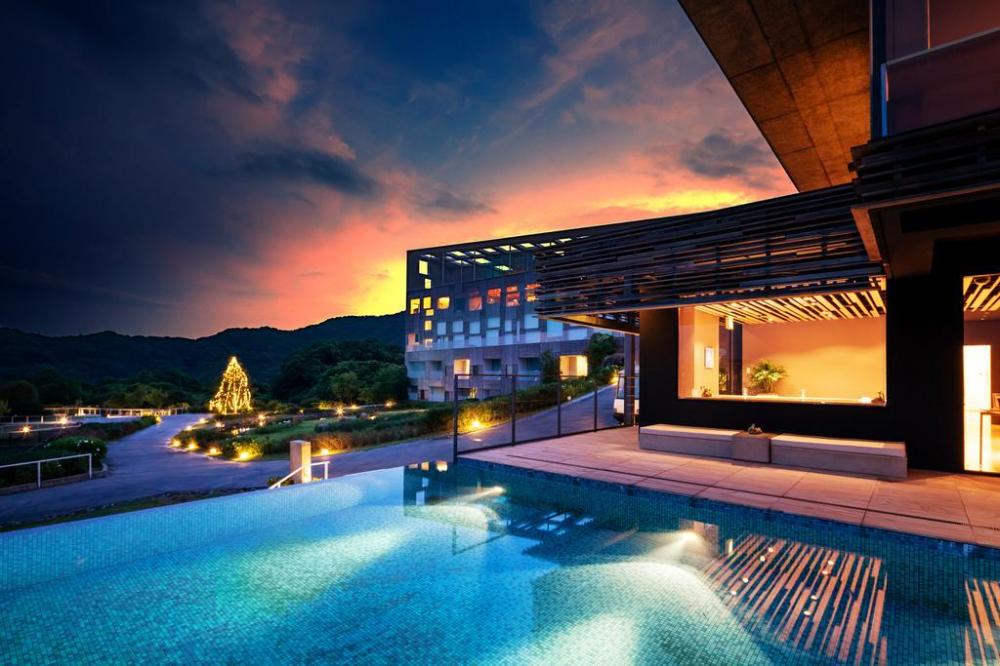 Boutique Hotels Garden Terrace Nagasaki Hotel Resort Kyushu Hotels And Resorts Terrace Building Terrace
