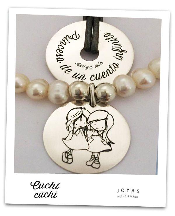 f9d6fb2198ae Regalos personalizados  Chapas y colgantes personalizados para pulseras y  collares que hacemos para cada persona. Sube tu imagen o frases y crea joyas
