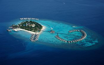 Centara Grand Island Resort & Spa Maldives, Machchafushi, Maldivas
