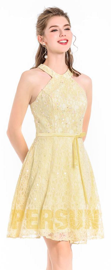 01a652feb8b1 Jaune robe de soirée courte dentelle recouverte en sequins colorés ...