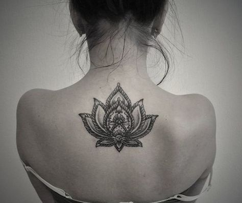 white lotus flower tattoo on back 500 421. Black Bedroom Furniture Sets. Home Design Ideas