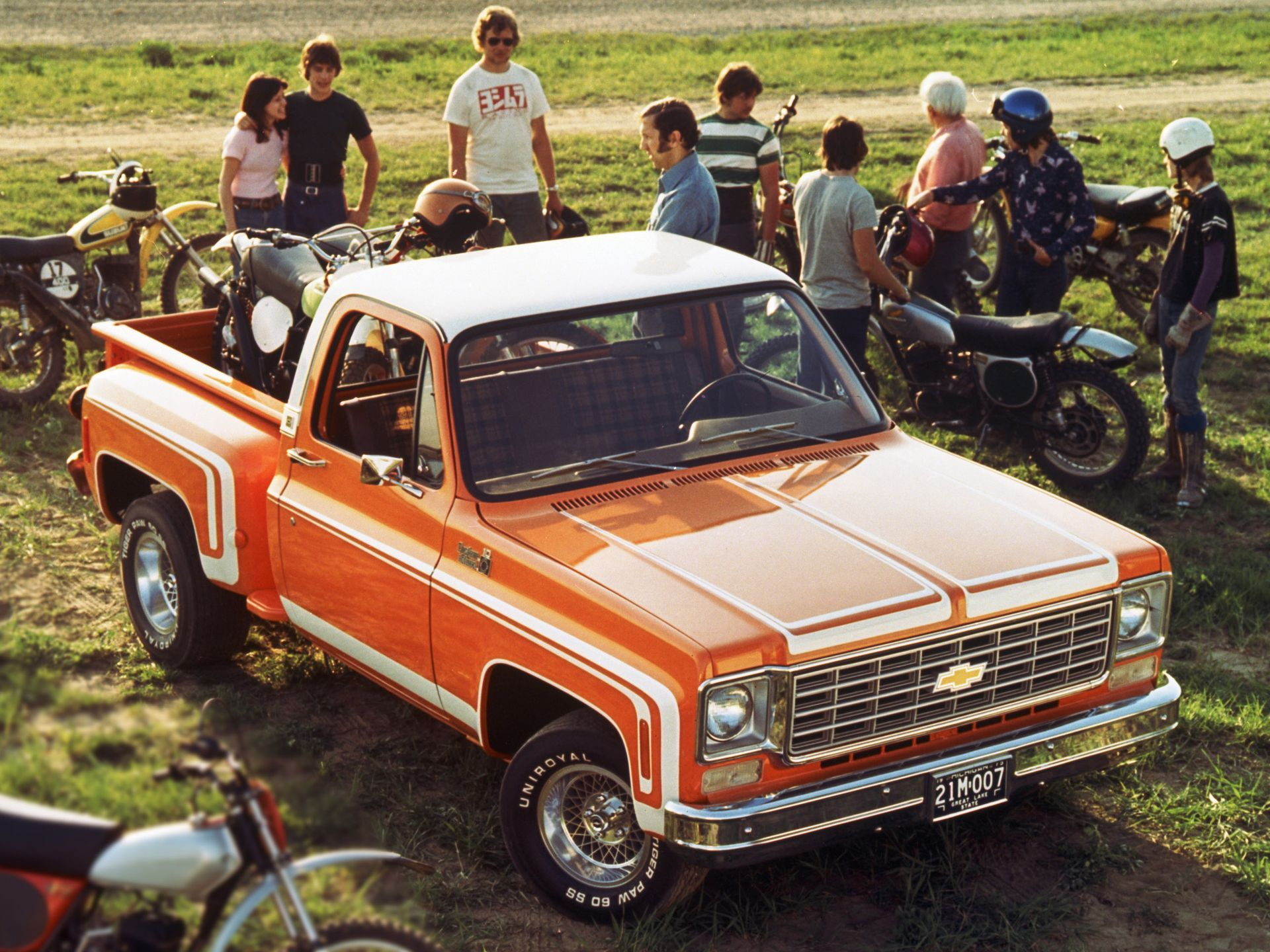 Classic Cars That Are More Likely To Be Reliable Trucks Chevrolet Trucks Chevy