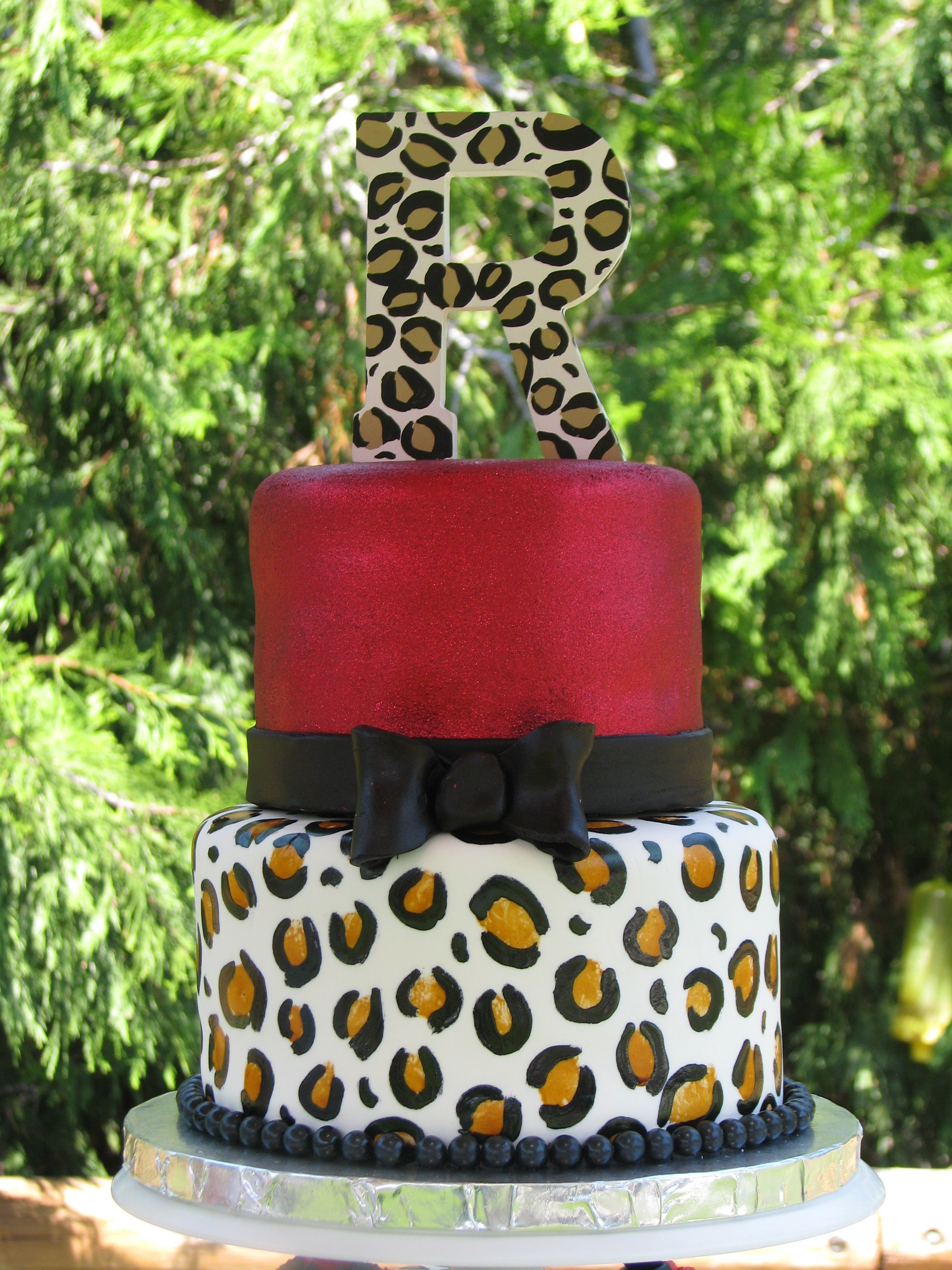 Instead Of Brown Change To Red Animal Print Wedding Cake Leopard