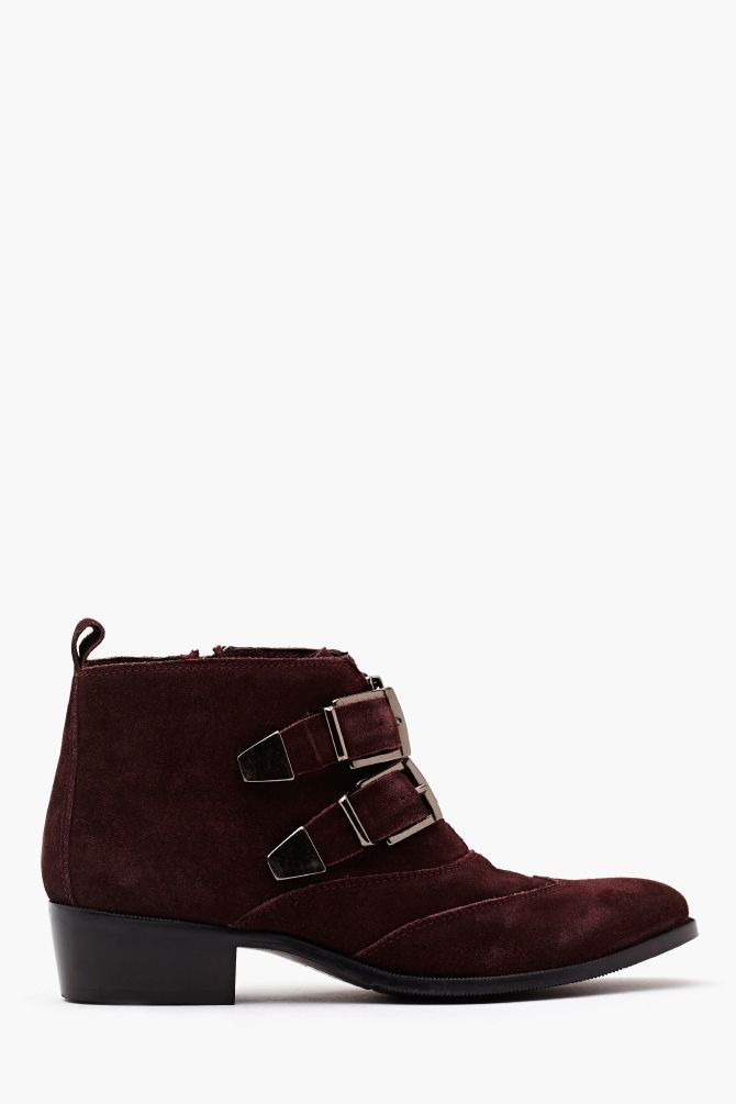 kate buckled boot .