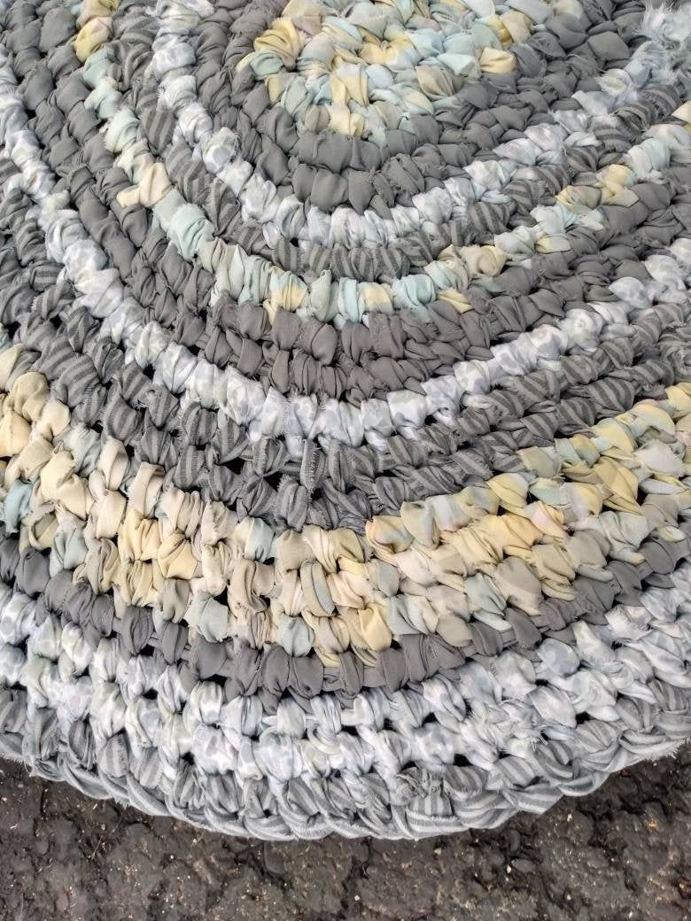 Gray Yellow Rag Rug Oval Bedroom Kitchen Bath Door Entry Machine Washable Amish Toothbrush Knotted Technique Better Than Crochet In 2020 Rag Rug Rugs Rug Making