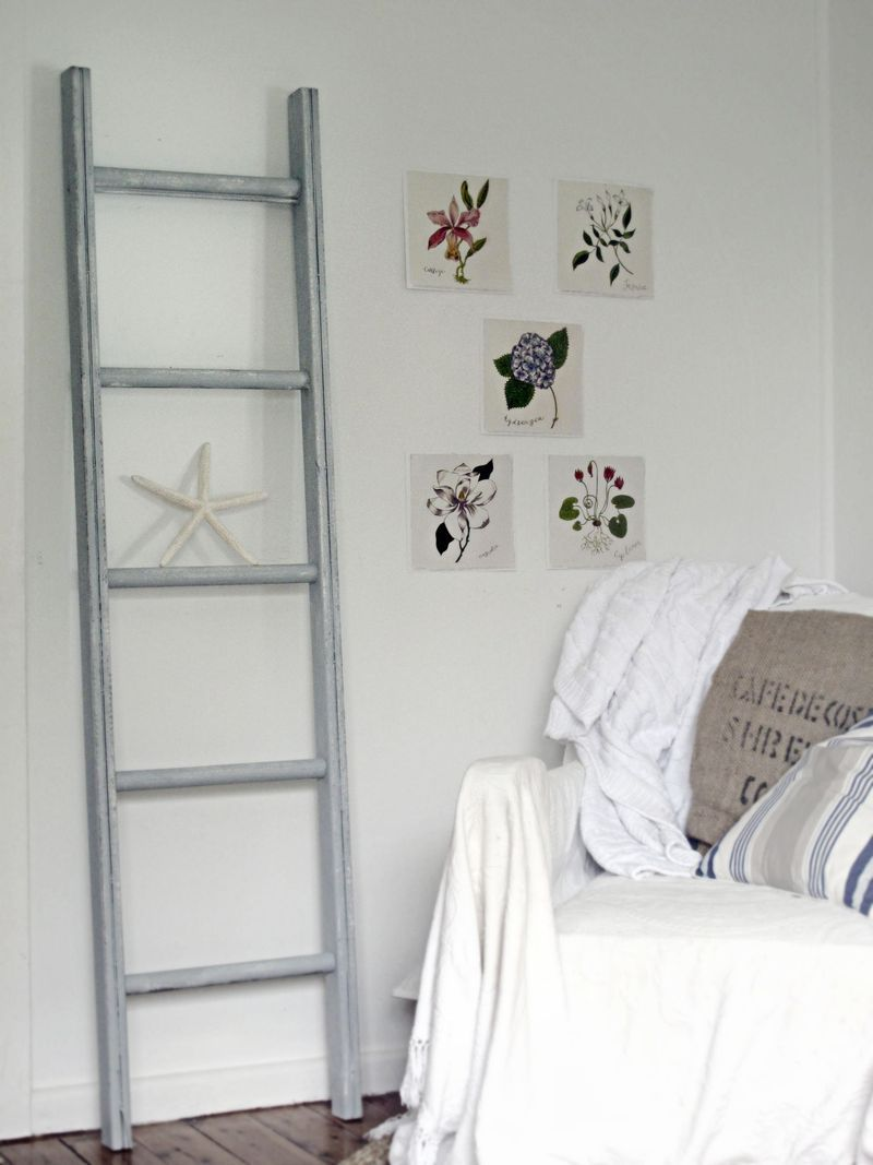 Love the ladder as decoration in a room. Or hang towels on it in a bathroom
