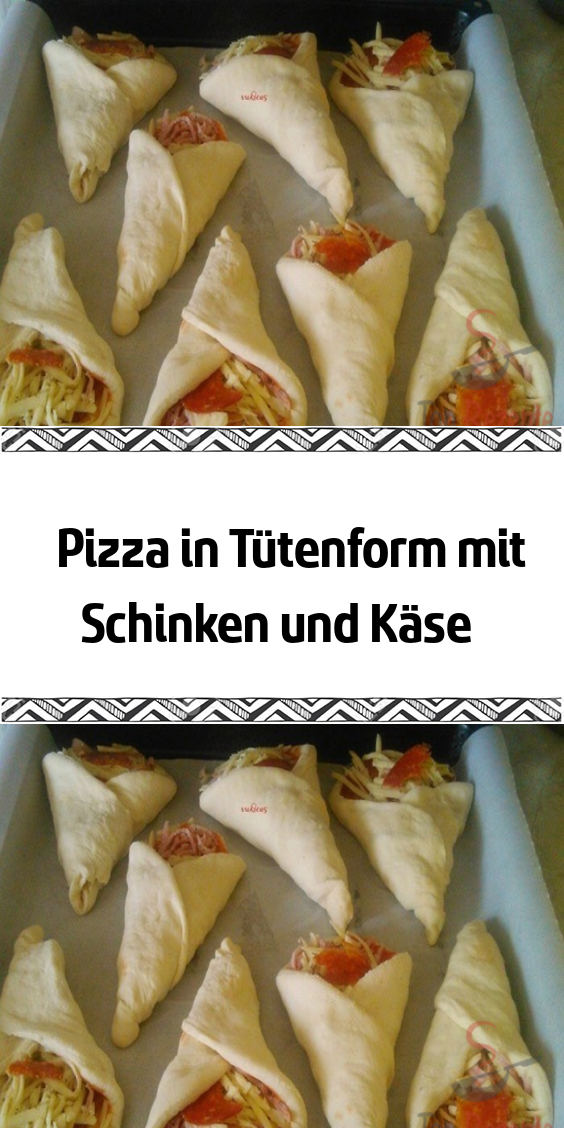 Photo of Bag-shaped pizza with ham and cheese