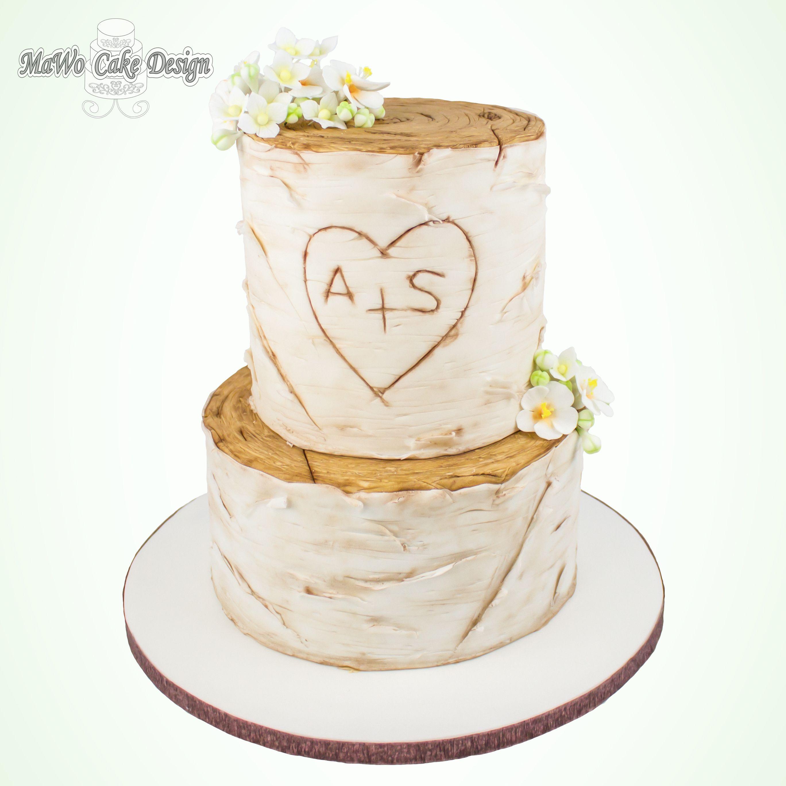 Hochzeitstorte in Birken-Optik bei MaWo Cake Design
