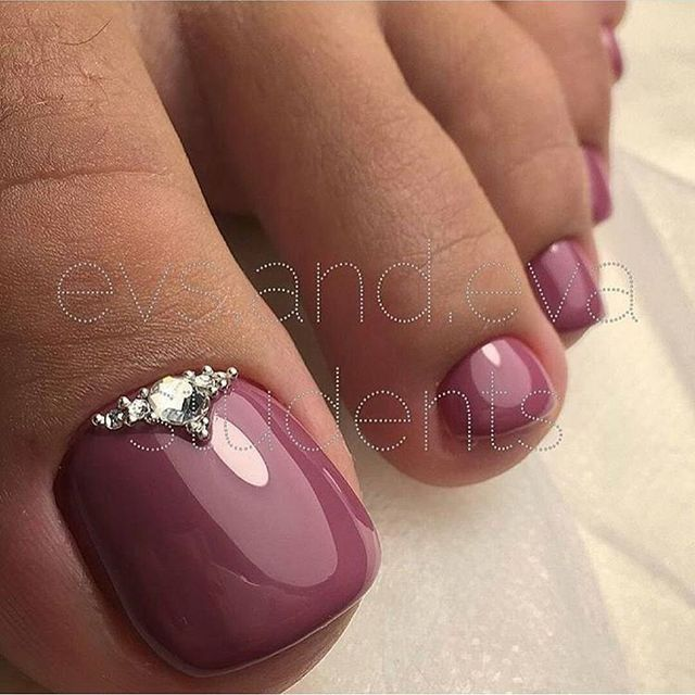 Maroon pedicure with gem accent | Nail love | Pinterest | Pedicures ...