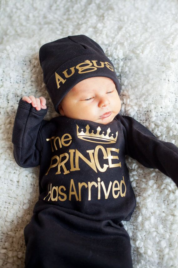 bfecd9e45796 The Prince has Arrived bodysuit - coming home outfit - Baby Boy Gift ...