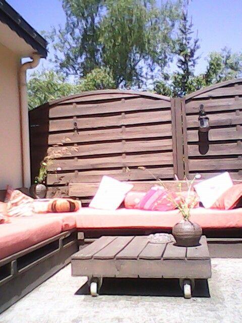 Salon de jardin crèe avec des palette... | Pallet | Pinterest ...