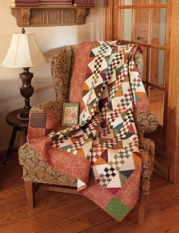 Simple Charm: 12 Scrappy Patchwork and Applique Quilt Patterns - None