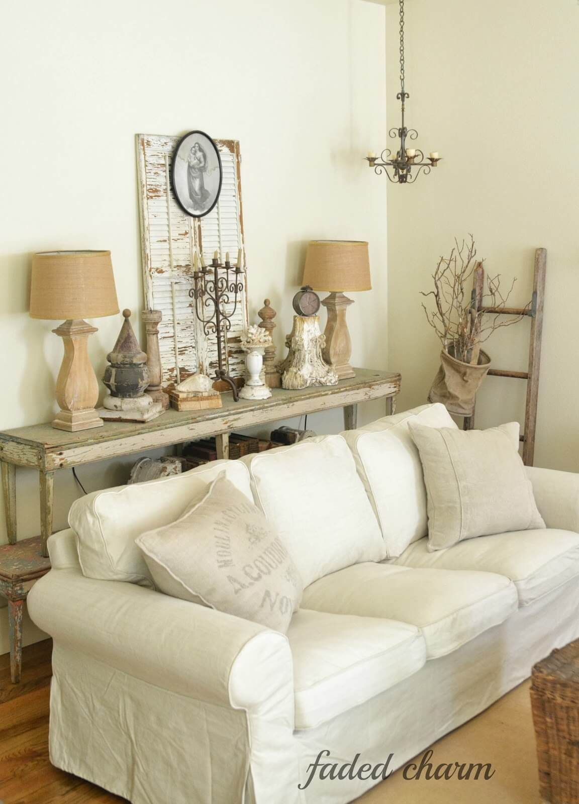 Lovely Antique Country Chic Farmhouse Living Room ...