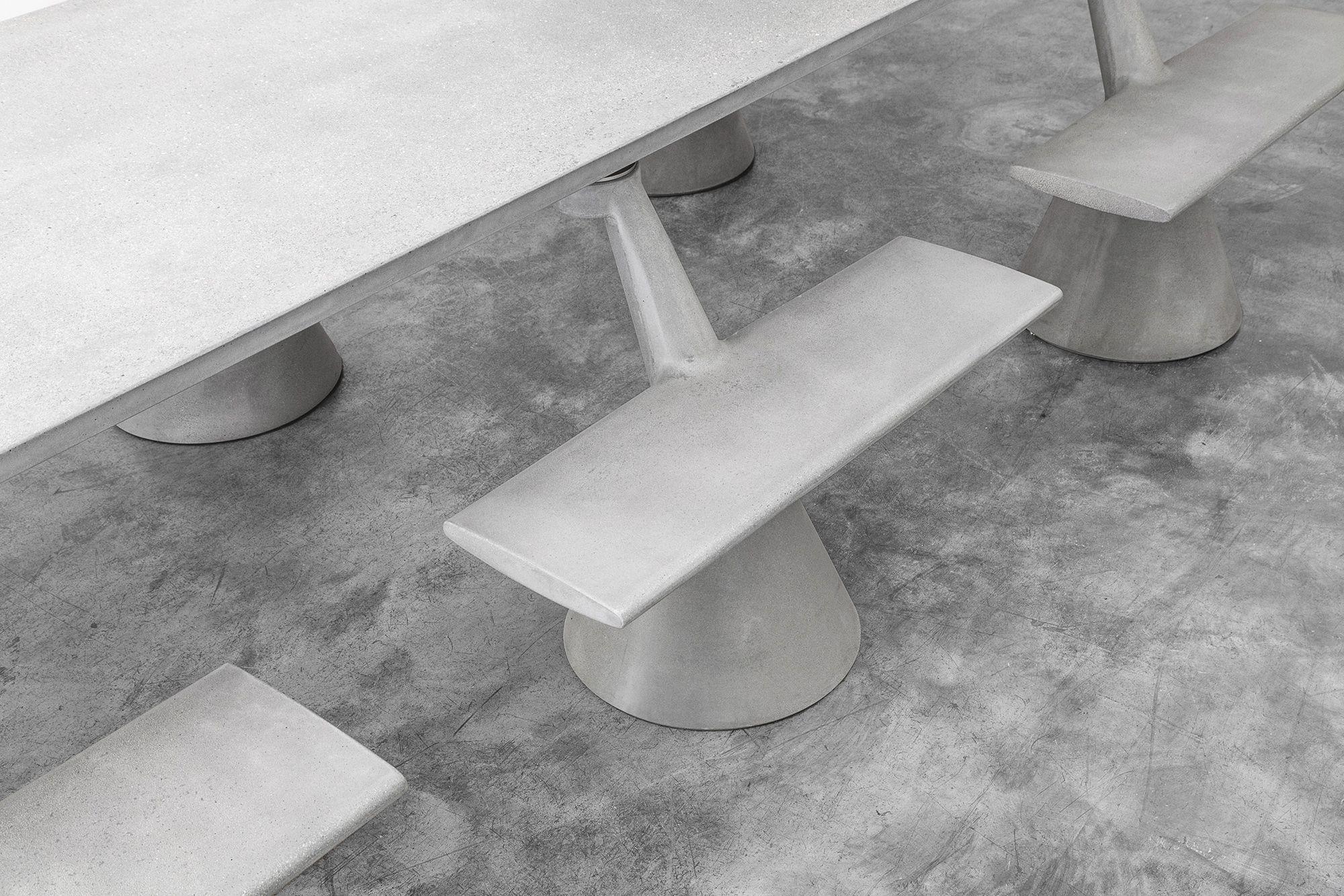 Konstantin Grcic - Magliana Table_foto©OmarGolli -4Web