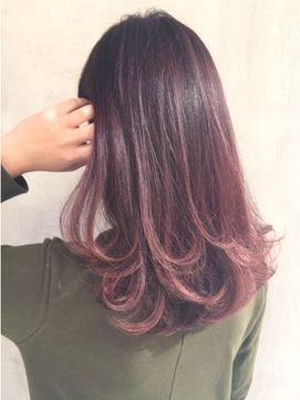 必見 簡単オシャレにカジュアルウェーブ2017 徳永恵里 24時間いつでもweb予約ok ヘアスタイル10万点以上掲載 お気に入りの髪型 人気の ヘアスタイルを探すならkirei Style キレイスタイル で 髪 色 ビューティー 髪型