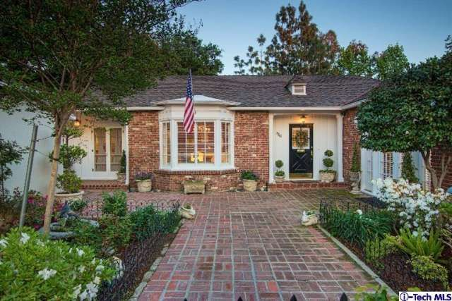 See this home on Redfin! 1966 Roosevelt Ave, Altadena, CA 91001 #FoundOnRedfin