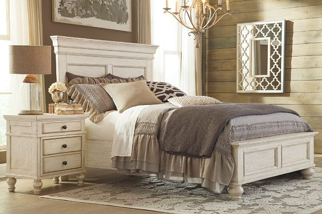 Vintage White Finish On This Que En Panel Bed And Three Drawer Nightstand My Husband And I