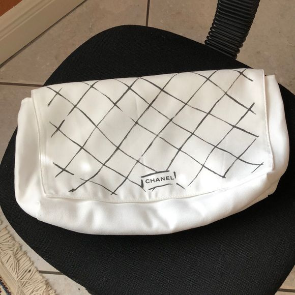 """090f5444cea3e7 Chanel Dust Bag Authentic soft ivory color Chanel dust bag. ICOT2 medium 14""""  x 8"""" CHANEL Accessories"""