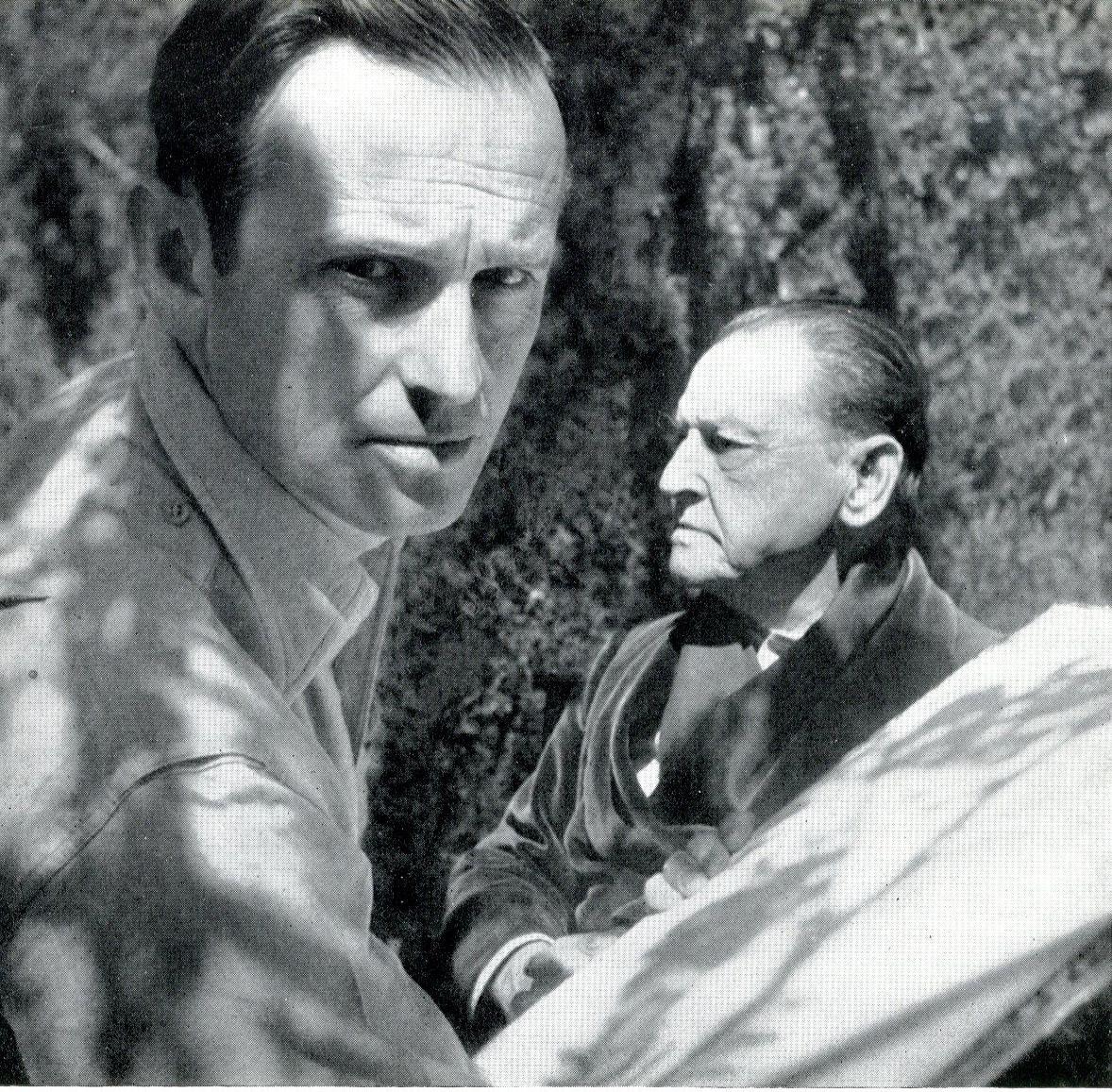 Graham Sutherland en el retrato de W. Somerset Maugham retratados por Cecil Beaton. Vogue 1949
