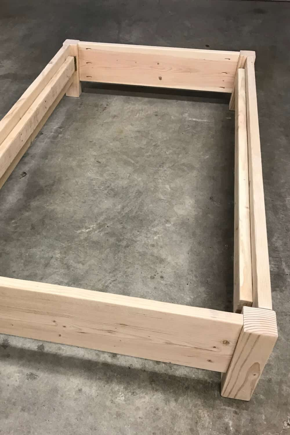 How To Build A Twin Platform Bed Twin Platform Bed Diy Twin Bed