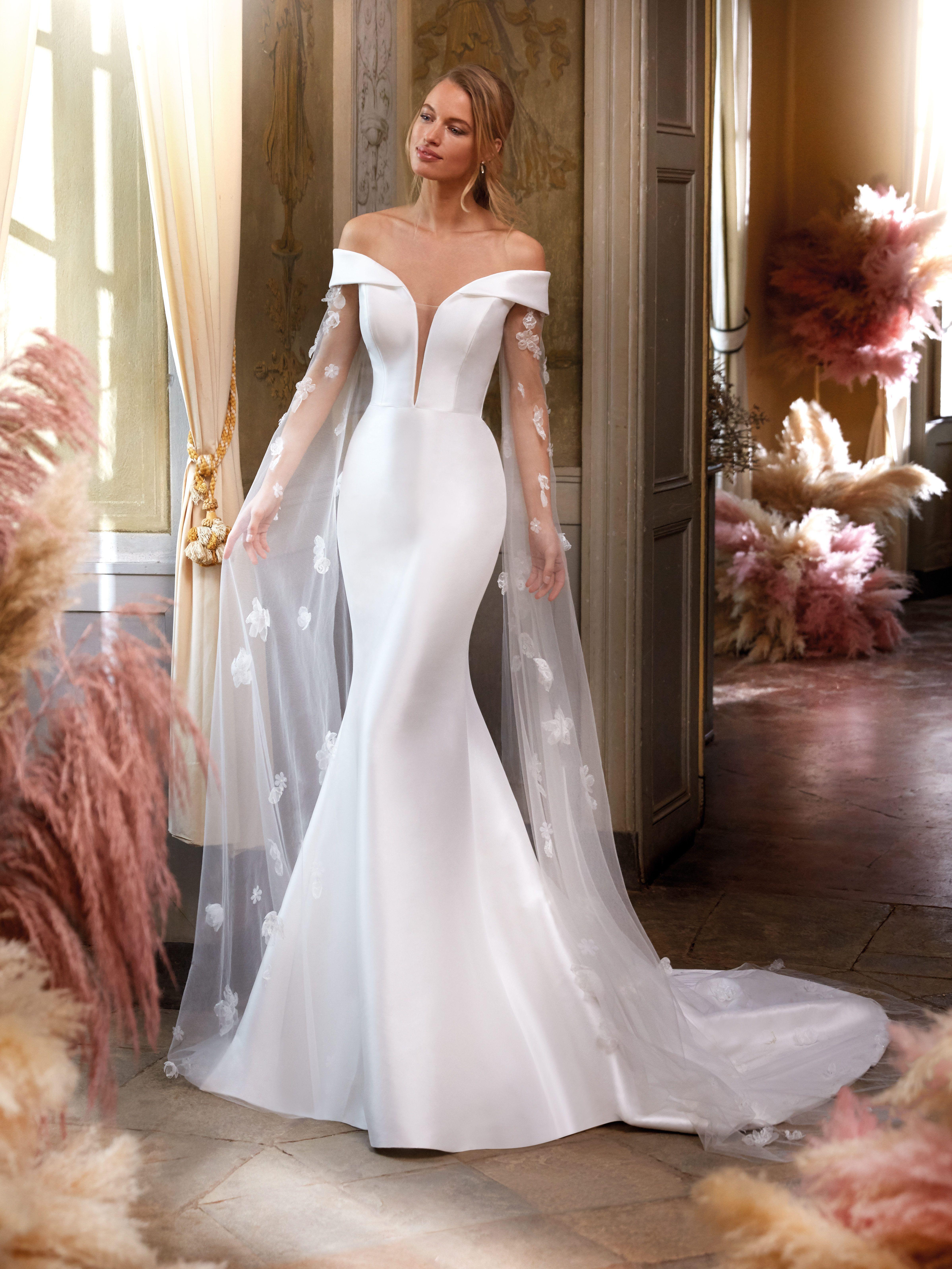 Marvelous Mermaid Wedding Dress With Detachable Sleeves Bridal Dresses Mermaid Flowing Wedding Dresses Mermaid Trumpet Wedding Dresses [ 6387 x 4791 Pixel ]